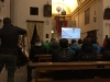 Brífing v kostole